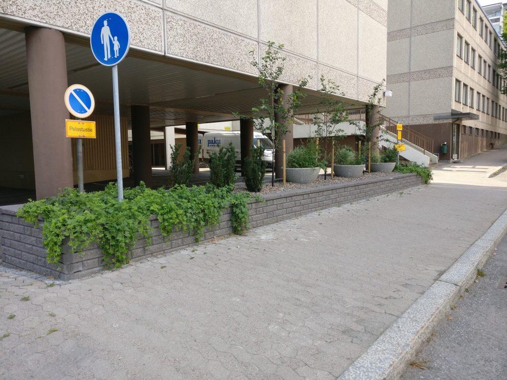 Istutusaltaan rakentaminen, Hämeenlinna 2017